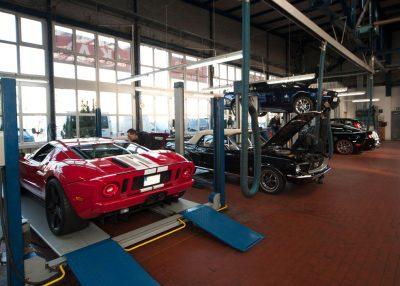 Achsvermessung in der US Car Werkstatt Köln